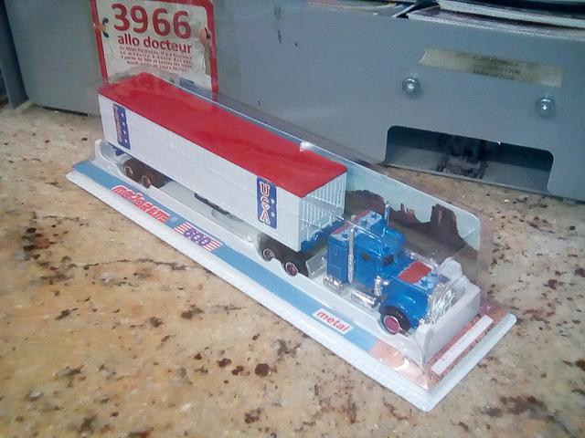 N°603 Kenworth Semi-Container (Version Ondulée) 24742911
