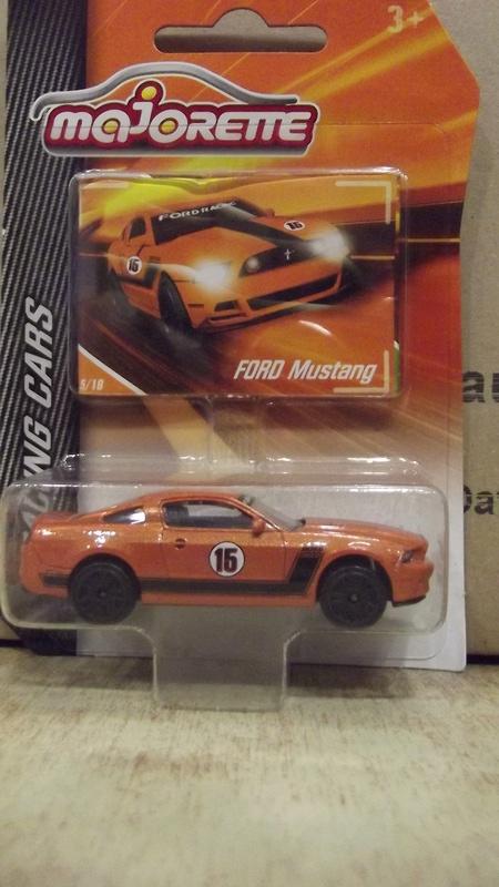 N°204A Ford Mustang Boss Dscf2433