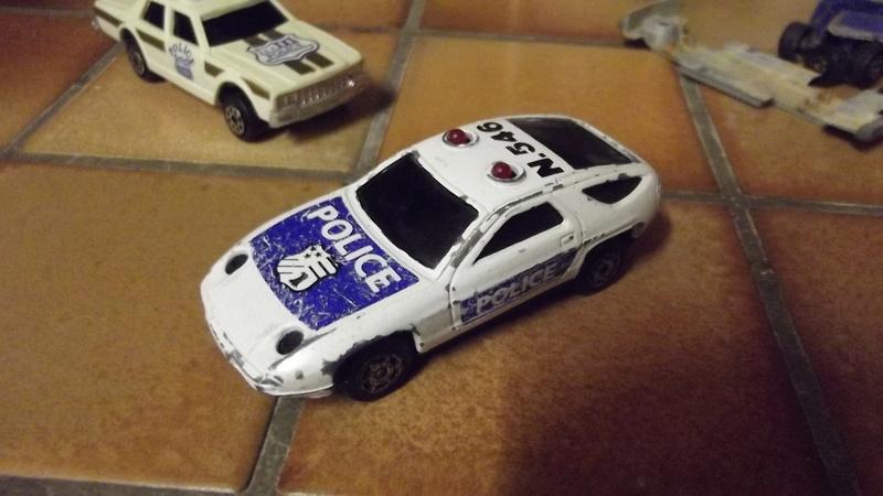 Changement des piles sur Porsche sonis flachers  Dscf2711