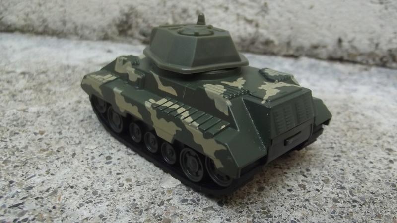 N°220-03 Tank avec canon , Tank with cannon. Dscf3550