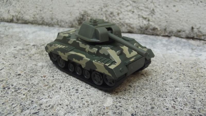 N°220-03 Tank avec canon , Tank with cannon. Dscf3551