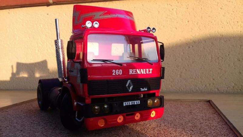 Renautl G 260 au 1/24ème Heller  31942211
