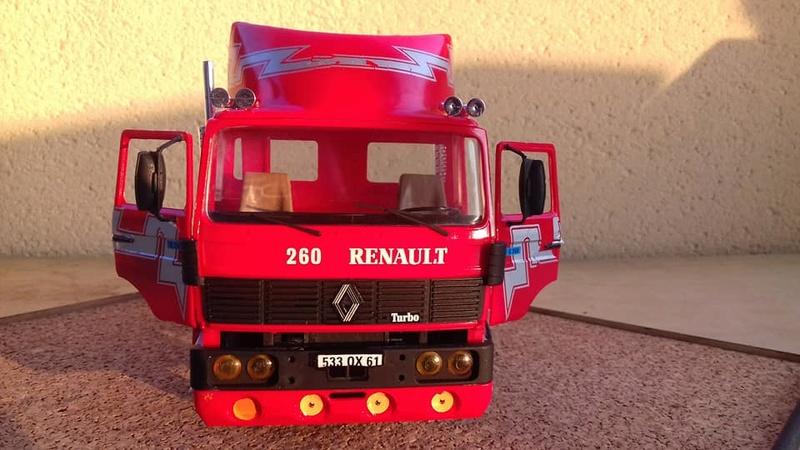 Renautl G 260 au 1/24ème Heller  31950411