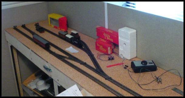 Alec's attempt at a small model railway! Basebo13