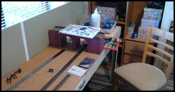Alec's attempt at a small model railway! Basebo14
