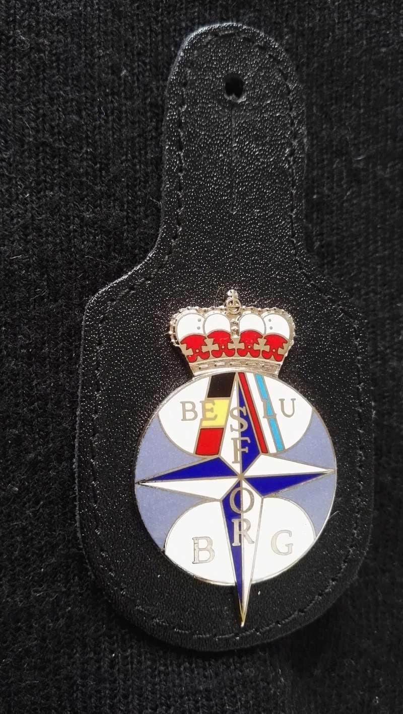 ARMEE BELGE : BRELOQUES MISSION EN EX-YOUGOSLAVIE Img_2166