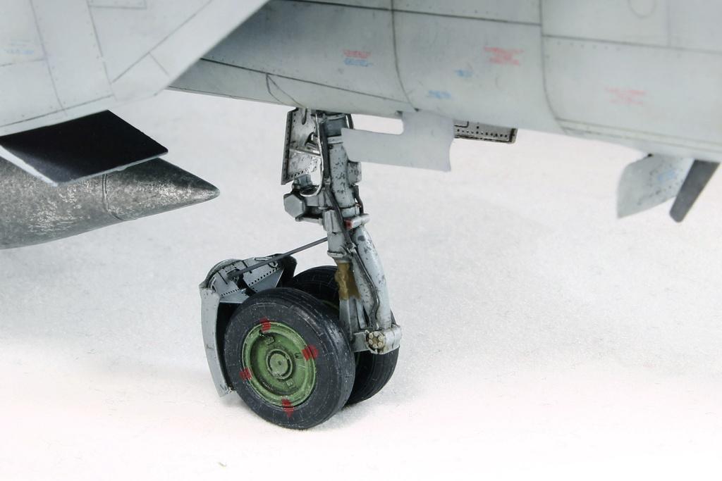 iraq - 1/48 Mig-25PDS Iraq - Terminé!! Img_2074