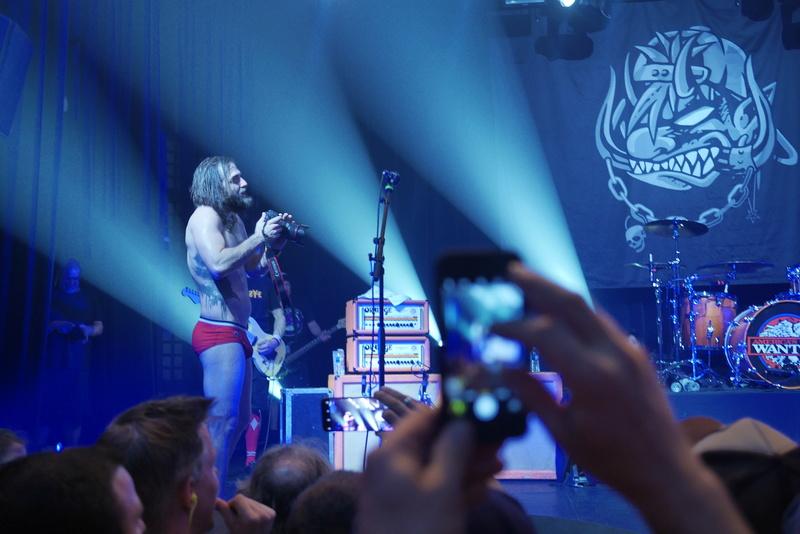 \m/ Concert au Bataclan ... Ugly Kid Joe   \m/ _ukj_112