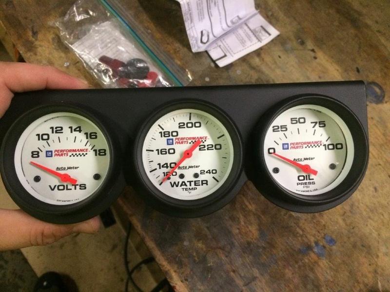 GM Performance Parts Gauges 6d2f0810