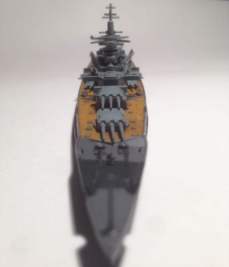 Croiseur de bataille scharnhorst 1/1200 revell Img_1627