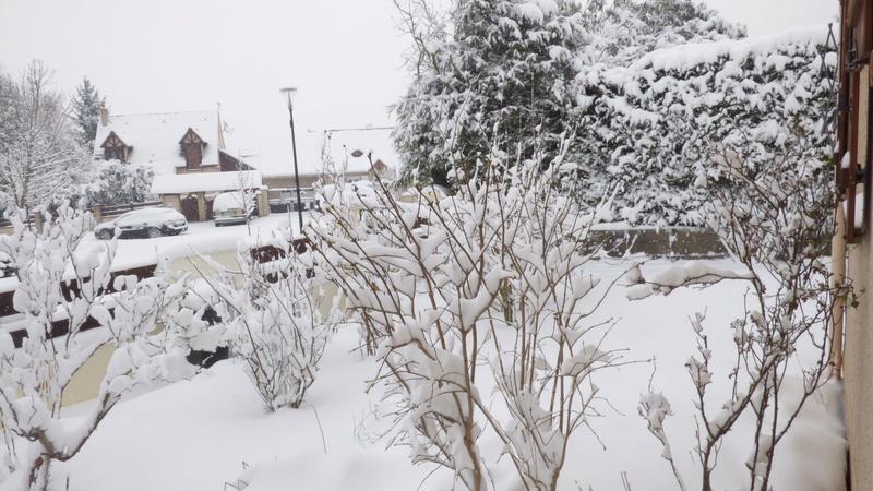 Après la pluie, la neige ! Vu_sur11
