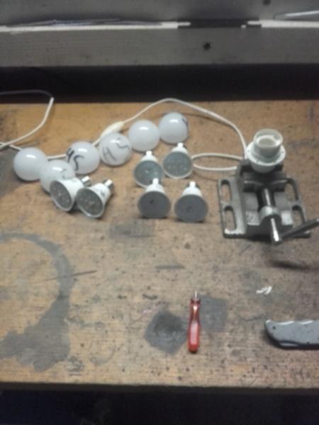 autopsie ampoule LED 30010