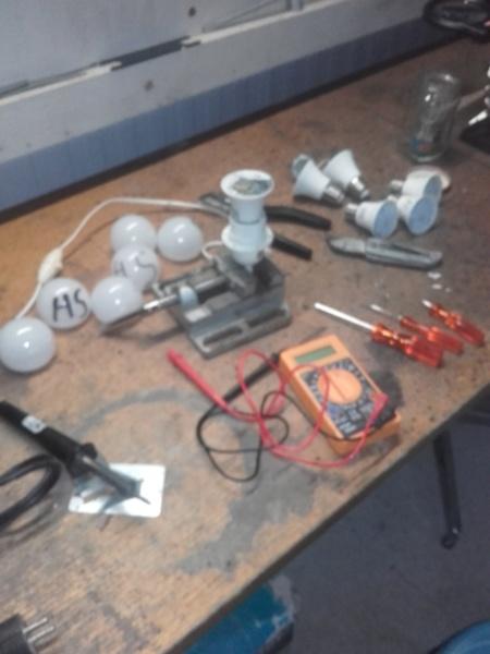 autopsie ampoule LED 30410