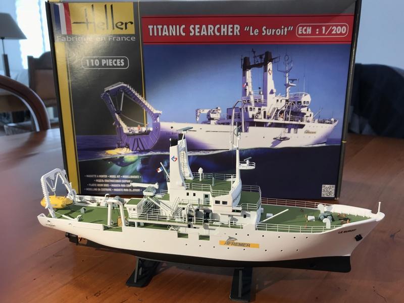Navire de recherche du TITANIC, LE SUROIT 1/200ème Réf 80615 et PE ARSENAL  Img_4214