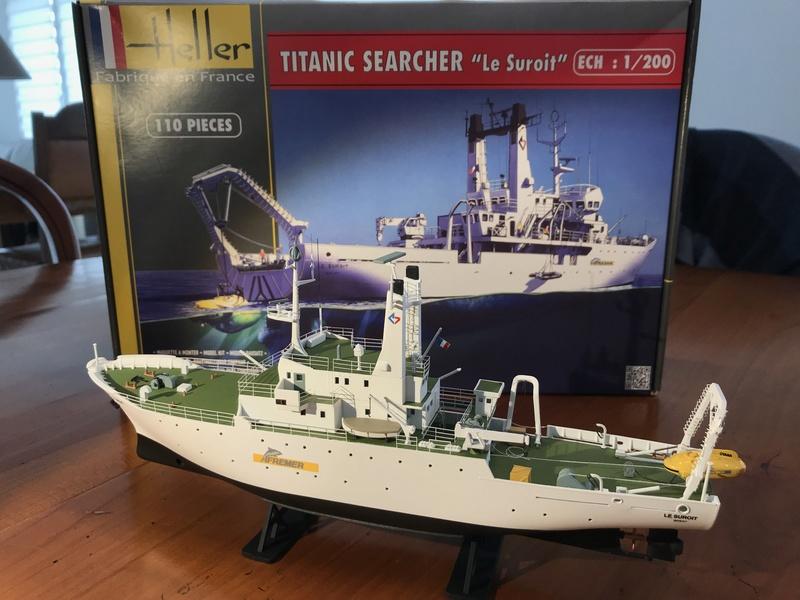 Navire de recherche du TITANIC, LE SUROIT 1/200ème Réf 80615 et PE ARSENAL  Img_4218