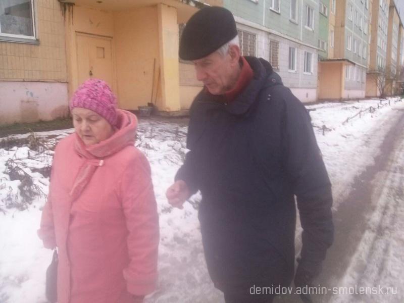 Депутат Смоленской областной думы П.М. Беркс с рабочим визитом побывал в поселке Пржевальское 410