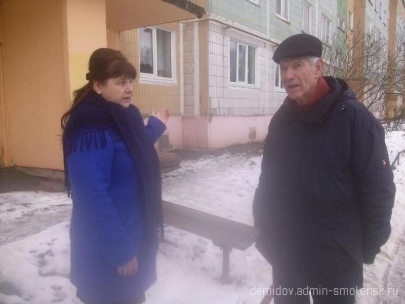 Депутат Смоленской областной думы П.М. Беркс с рабочим визитом побывал в поселке Пржевальское 810