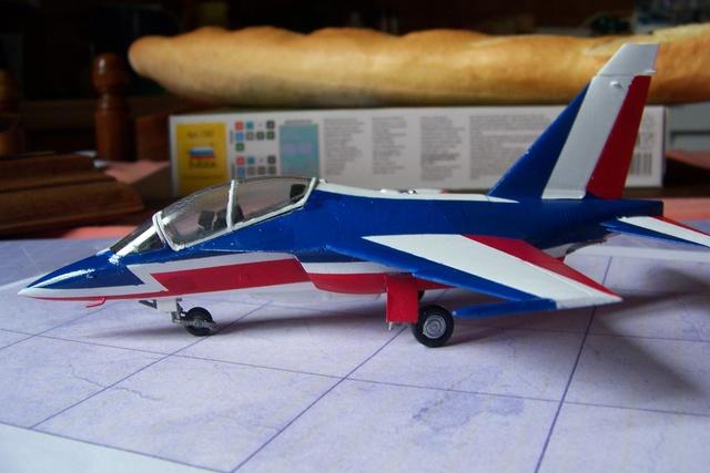 Yak 130 Braille scale 1/72 ( décos Spéciale ? ) FINI - Page 2 Avion10