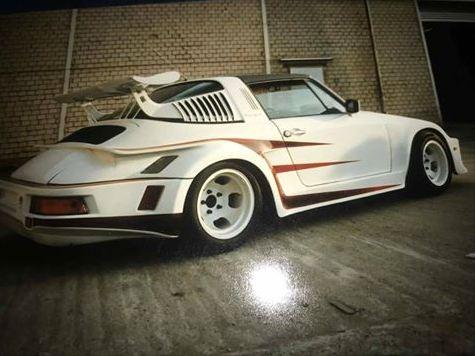 Porsche drôle/insolite - Page 13 000a411