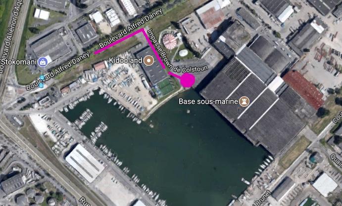 Bordeaux Base sous marine  - Page 7 000d22