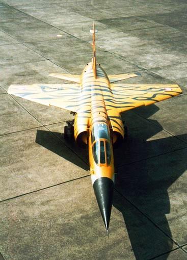 Hommage au F1 (Kittyhawk et Italeri 1/48) Mirage10
