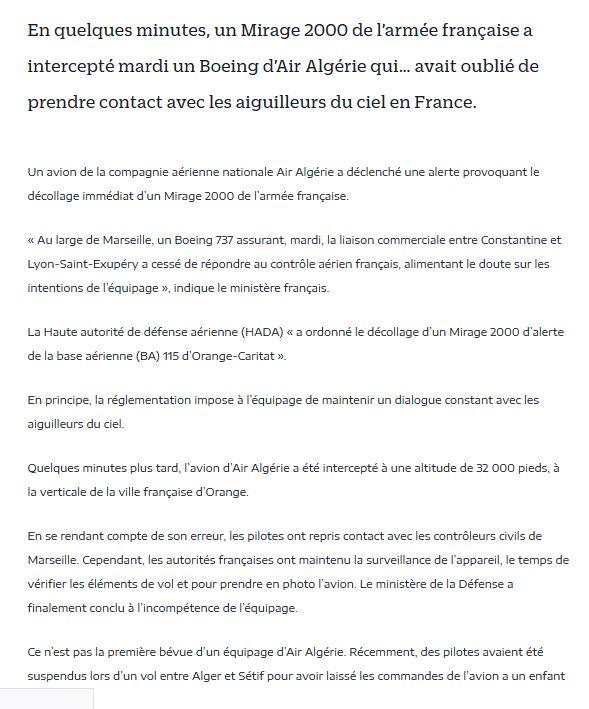 Un avion d'Air Algérie intercepté par un Mirage 2000 de l'armée française Air_al10