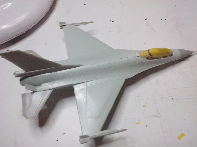 "F-16 AM ""Solo Display 2015 Blizzard"" (Revell) Img_2013"