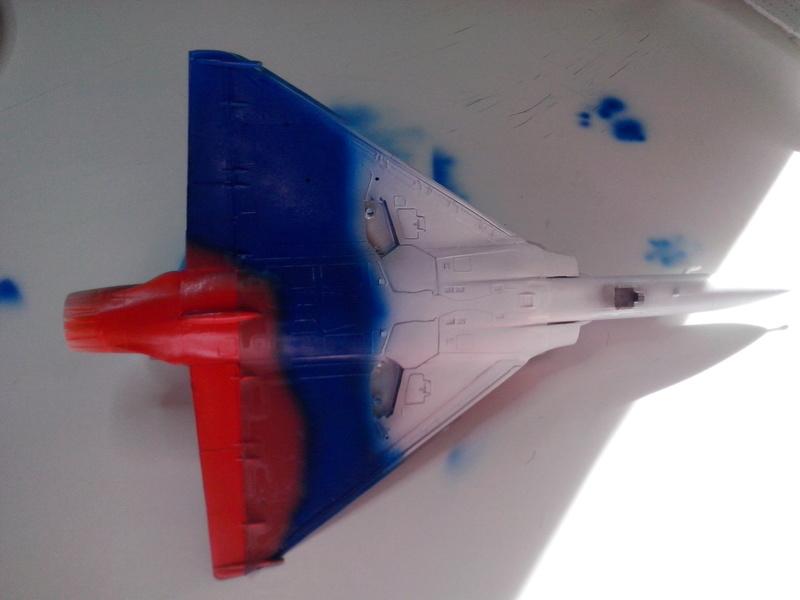 """Mirage 2000-N Ramex Delta  """"100 ans EC2/4 La Fayette"""" (Heller) Img_2024"""