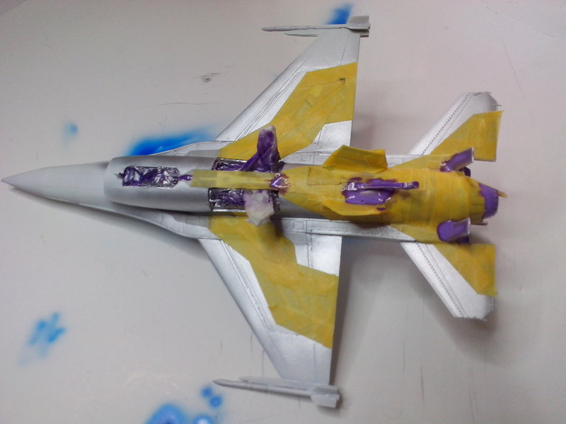 "F-16 AM ""Solo Display 2015 Blizzard"" (Revell) Img_2025"