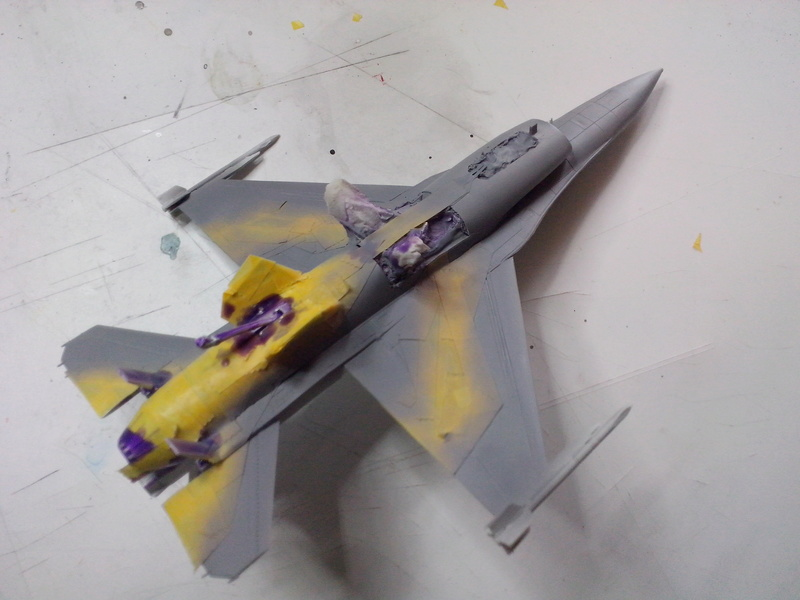 "F-16 AM ""Solo Display 2015 Blizzard"" (Revell) Img_2027"