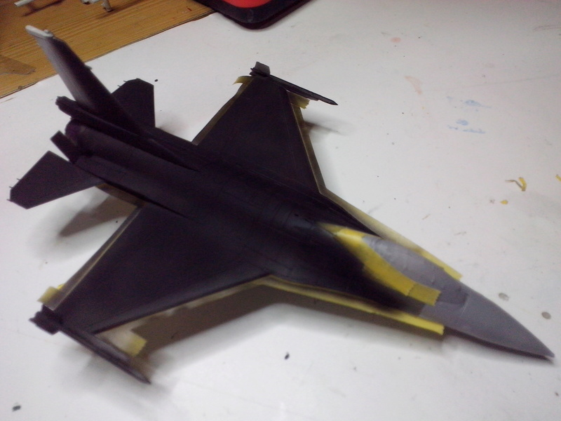"""F-16 AM """"Solo Display 2015 Blizzard"""" (Revell) - Page 2 Img_2028"""