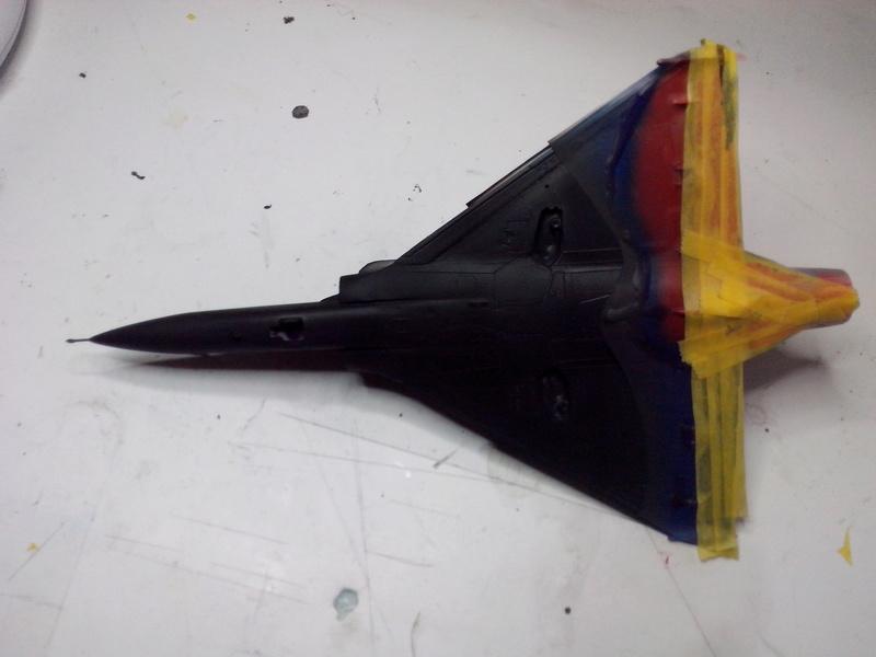 """Mirage 2000-N Ramex Delta  """"100 ans EC2/4 La Fayette"""" (Heller) - Page 2 Img_2035"""