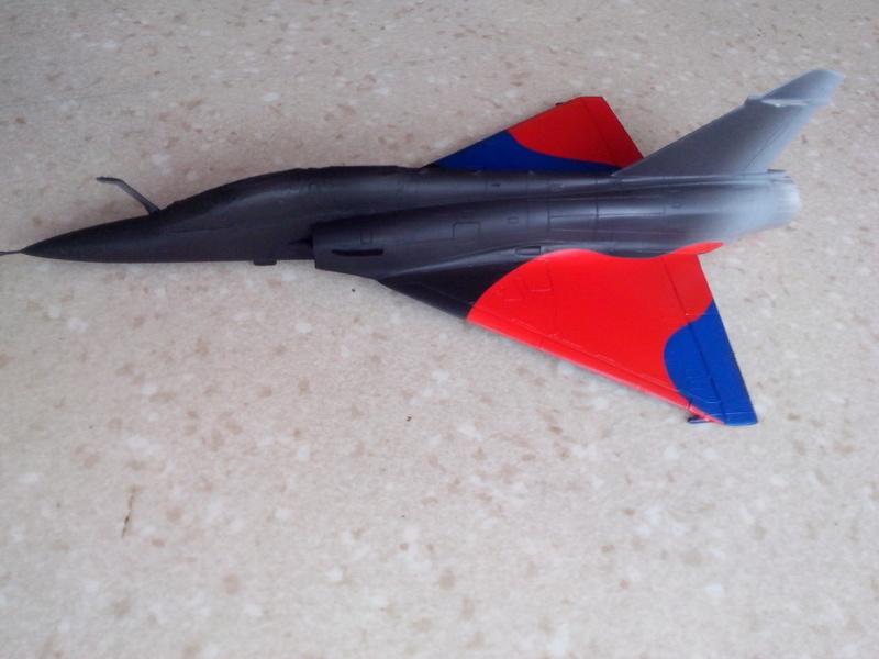 """Mirage 2000-N Ramex Delta  """"100 ans EC2/4 La Fayette"""" (Heller) - Page 2 Img_2036"""