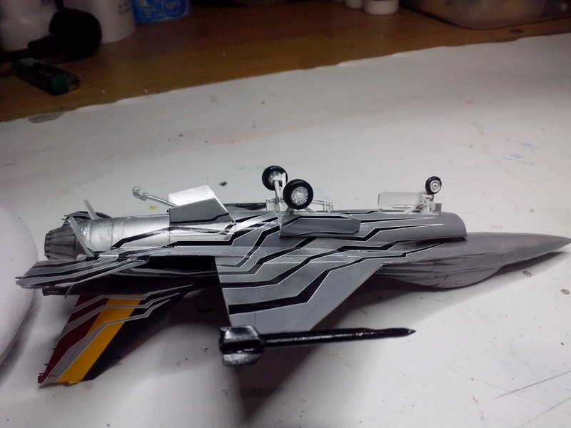 """F-16 AM """"Solo Display 2015 Blizzard"""" (Revell) - Page 2 Img_2053"""