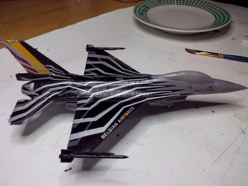 """F-16 AM """"Solo Display 2015 Blizzard"""" (Revell) - Page 2 Img_2054"""