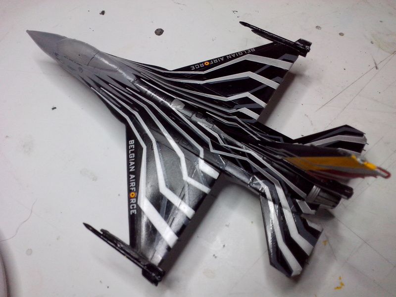 """F-16 AM """"Solo Display 2015 Blizzard"""" (Revell) - Page 2 Img_2056"""