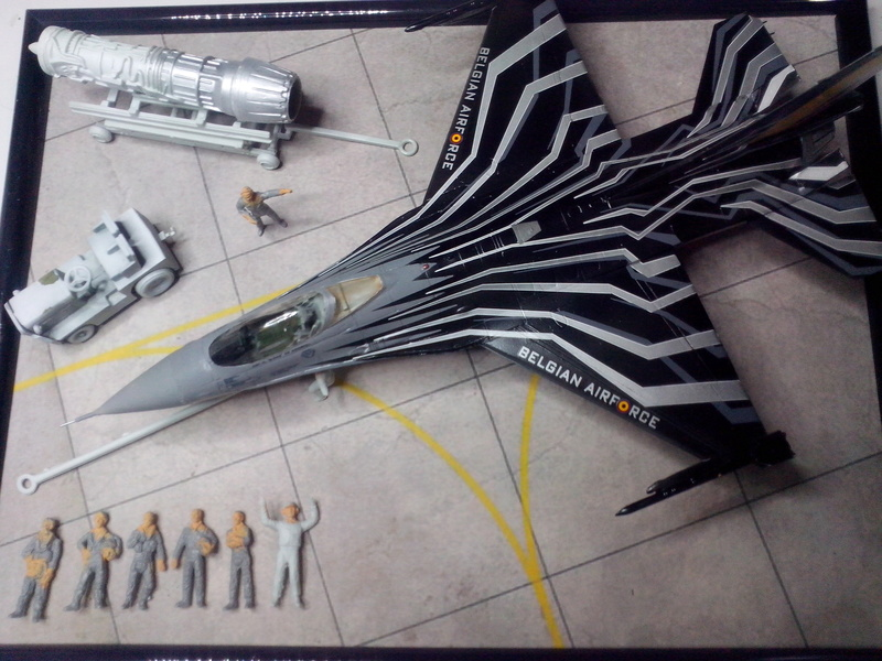 """F-16 AM """"Solo Display 2015 Blizzard"""" (Revell) - Page 3 Img_2080"""