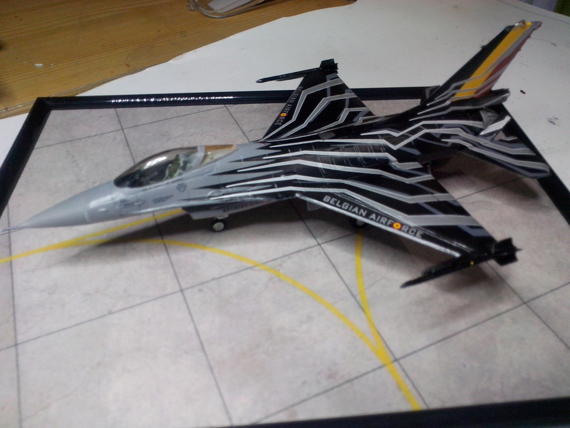 """F-16 AM """"Solo Display 2015 Blizzard"""" (Revell) - Page 3 Img_2081"""