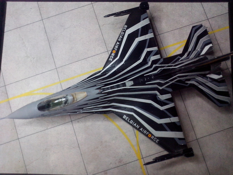 """F-16 AM """"Solo Display 2015 Blizzard"""" (Revell) - Page 3 Img_2084"""