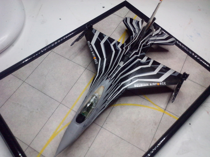 """F-16 AM """"Solo Display 2015 Blizzard"""" (Revell) - Page 3 Img_2085"""
