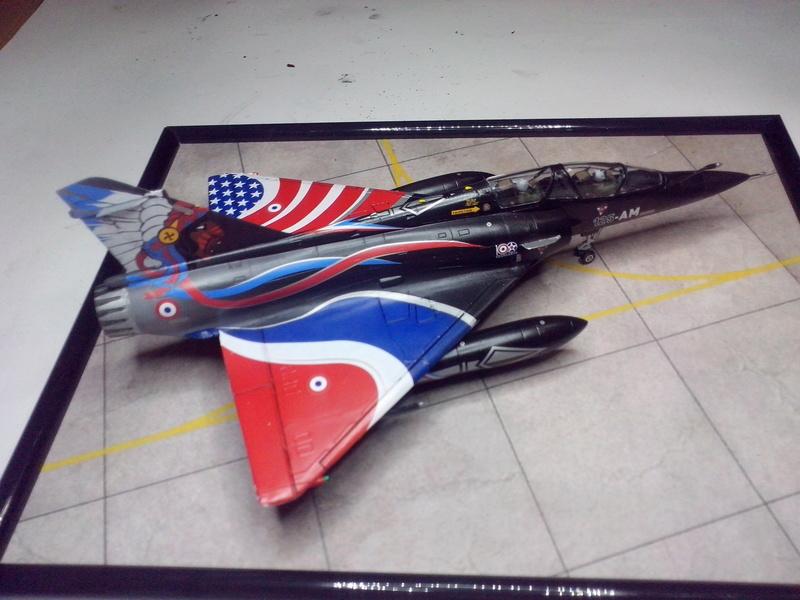 """Mirage 2000-N Ramex Delta  """"100 ans EC2/4 La Fayette"""" (Heller) - Page 2 Img_2089"""