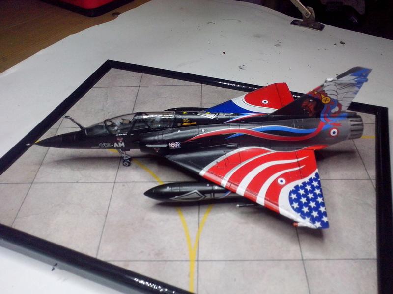 """Mirage 2000-N Ramex Delta  """"100 ans EC2/4 La Fayette"""" (Heller) - Page 2 Img_2090"""