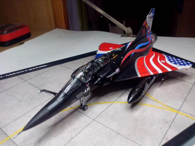 """Mirage 2000-N Ramex Delta  """"100 ans EC2/4 La Fayette"""" (Heller) - Page 2 Img_2092"""