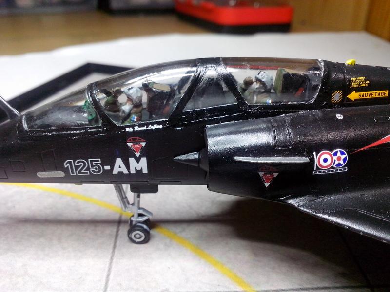 """Mirage 2000-N Ramex Delta  """"100 ans EC2/4 La Fayette"""" (Heller) - Page 2 Img_2093"""