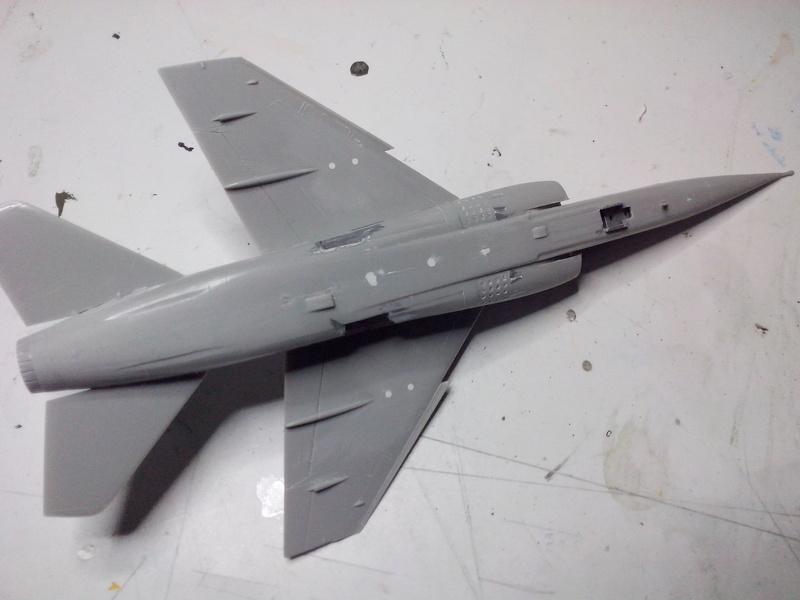 "Fil rouge 2018 Mirage F-1C 12-YH ""Cambresis"" ""Tiger Meet 91""  *** Terminé en pg 3 *** Img_2131"