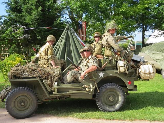Jeep US 1/72 elle est finie!!!! 18893010
