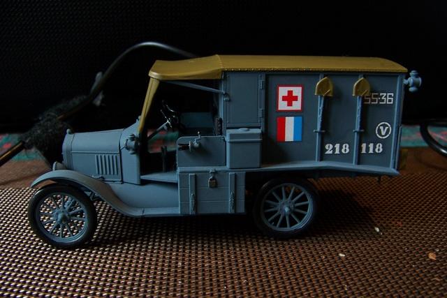 Ford T Ambulance 1917 ICM 1/35 ( FINI & Rectifié) - Page 2 2591510