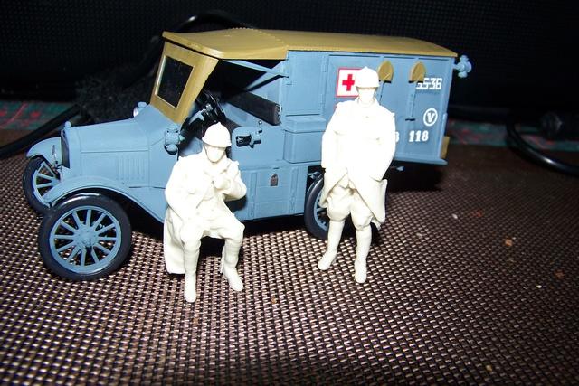 Ford T Ambulance 1917 ICM 1/35 ( FINI & Rectifié) - Page 2 2597510