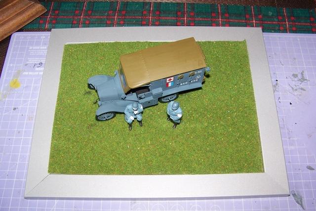 Ford T Ambulance 1917 ICM 1/35 ( FINI & Rectifié) - Page 2 2604510