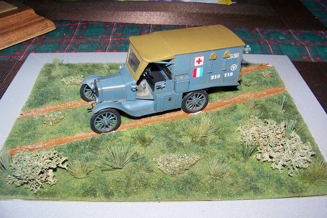 Ford T Ambulance 1917 ICM 1/35 ( FINI & Rectifié) - Page 2 2833010